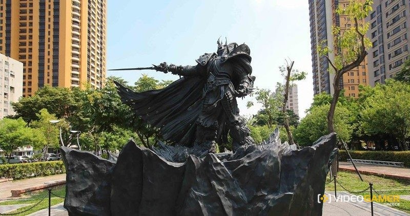 Τεράστιο άγαλμα του Lich King από την Blizzard! - videogamer.gr