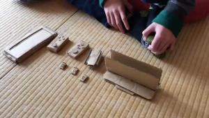 Έφτιαξε Switch από χαρτόνια επειδή δεν του αγόραζε η μαμά του την κονσόλα!